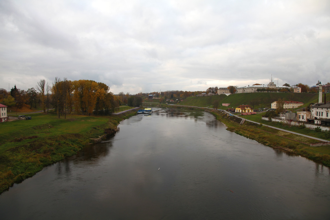 River Нёман (also known as the Neman – Nemunas– Neman – Nyoman – Niemen and of course Die Memel) with Каложская Царква Св. Барыса і Глеба – the Kalozha Church of Saints Boris and Gleb in distance