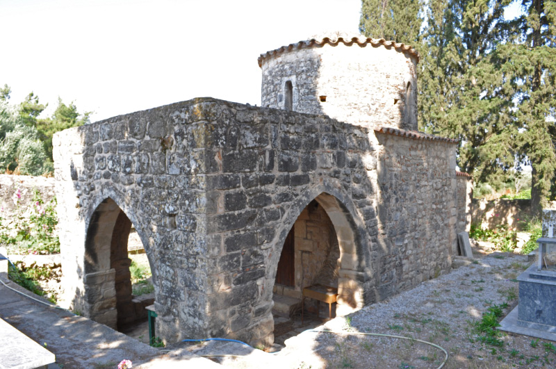 10th century Church with 5th or even 4th century baptistery