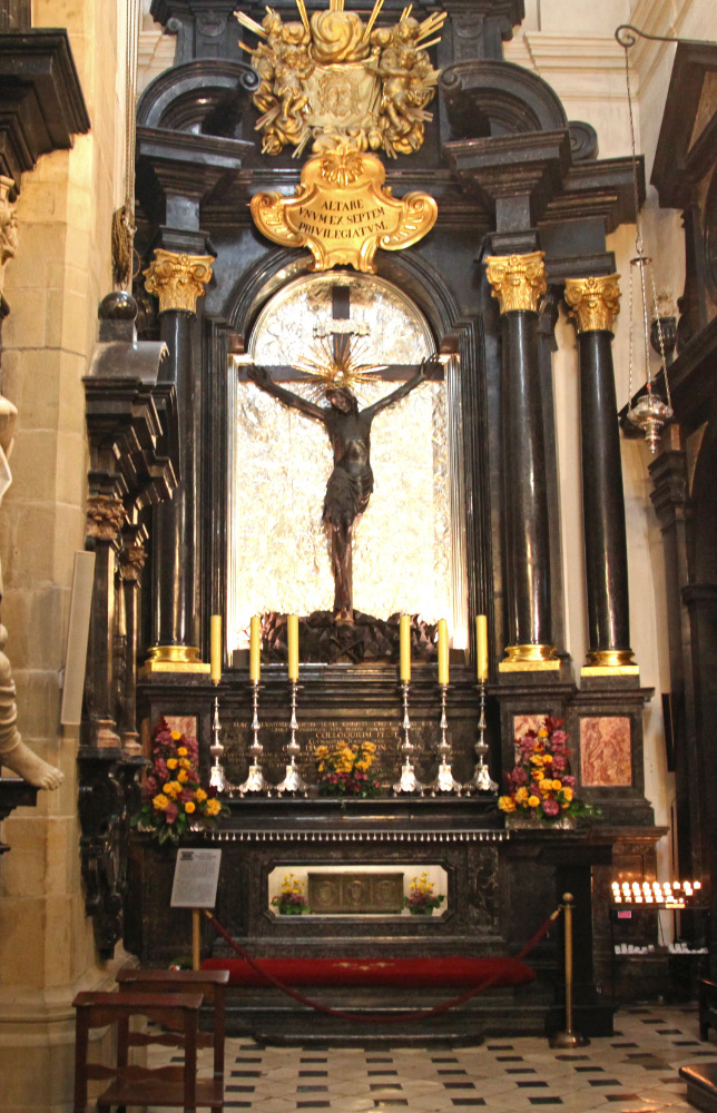 Altar in Wawel Cathedral with relics of Queen Saint Jadwiga