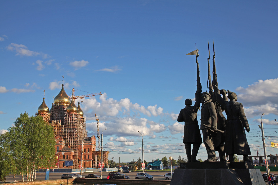 Arkhangelsk monument to the heros of Bolshevism fighting the Interventionists