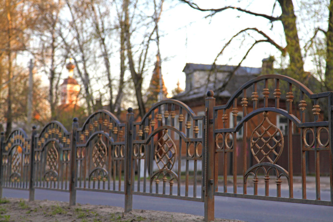 iron fence with cupolas in Sergiev Posad