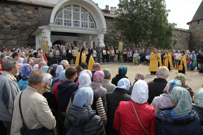 Procession of the Cross before Solovyetsky Monastery in July